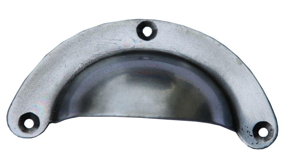 Poign e coquille acier aspect zinc for Poignee de meuble coquille
